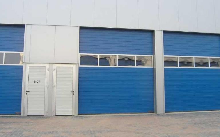 Garage Huren Groningen : Retail makelaar aarhusweg groningen te huur
